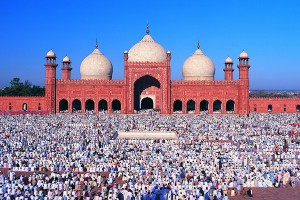 07c .. BADSHAHI MOSQUE_resize - Copy