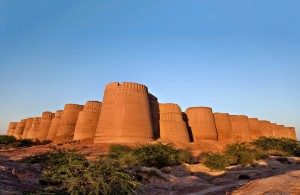 1- derawar fort , bahawalpur, pakistan - Copy