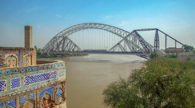 IMG_0701c SUKHAR BRIDGE_resize
